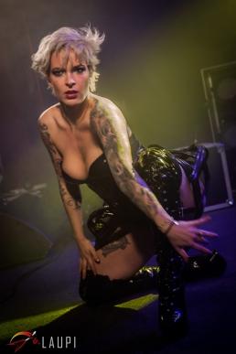 Striptease 03
